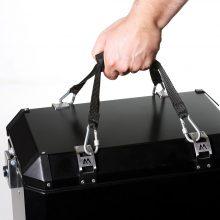 AM koferi gurtne i ruka